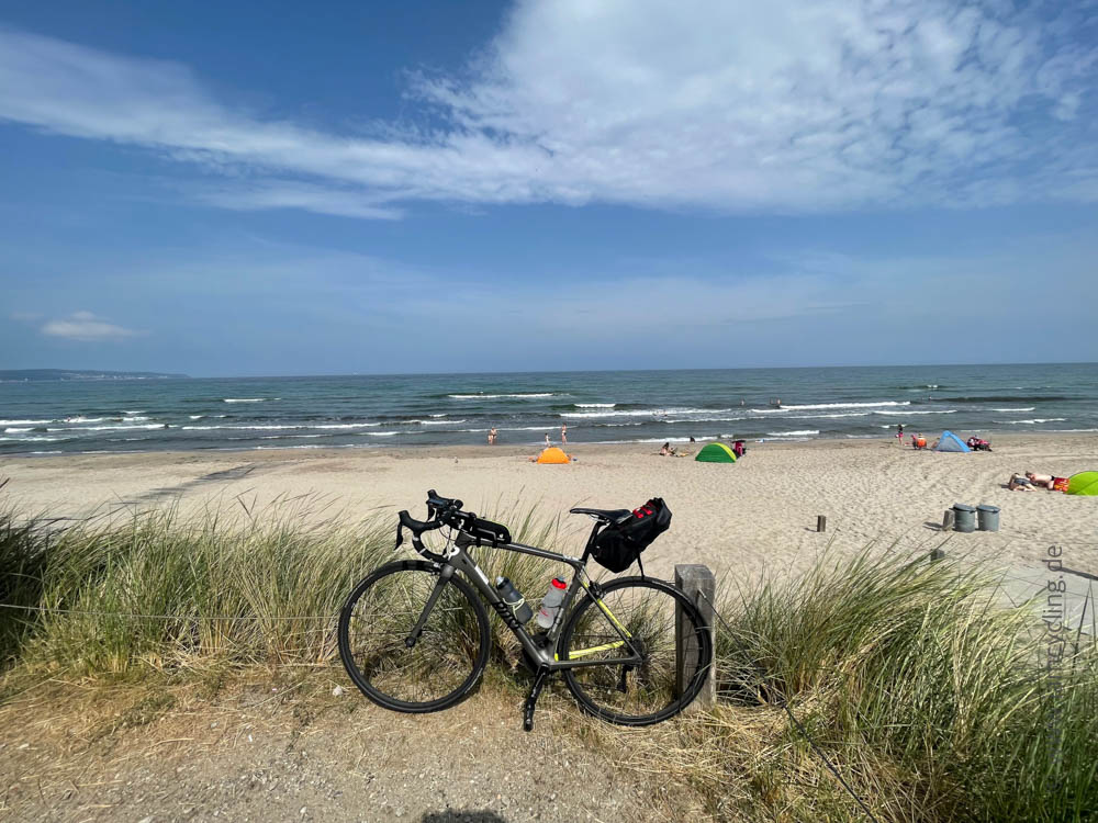 Strand in Prora - Ostsee-Tour - iamcycling.de