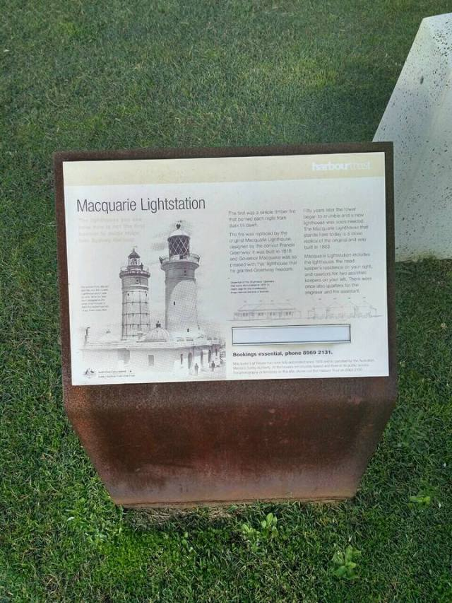 lighthouse-sign-watsons-bay-sydney