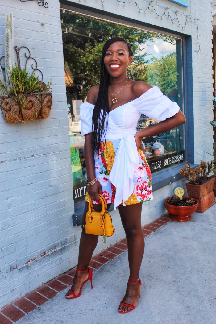 Floral Print Shorts – New York & Company Style Challenge