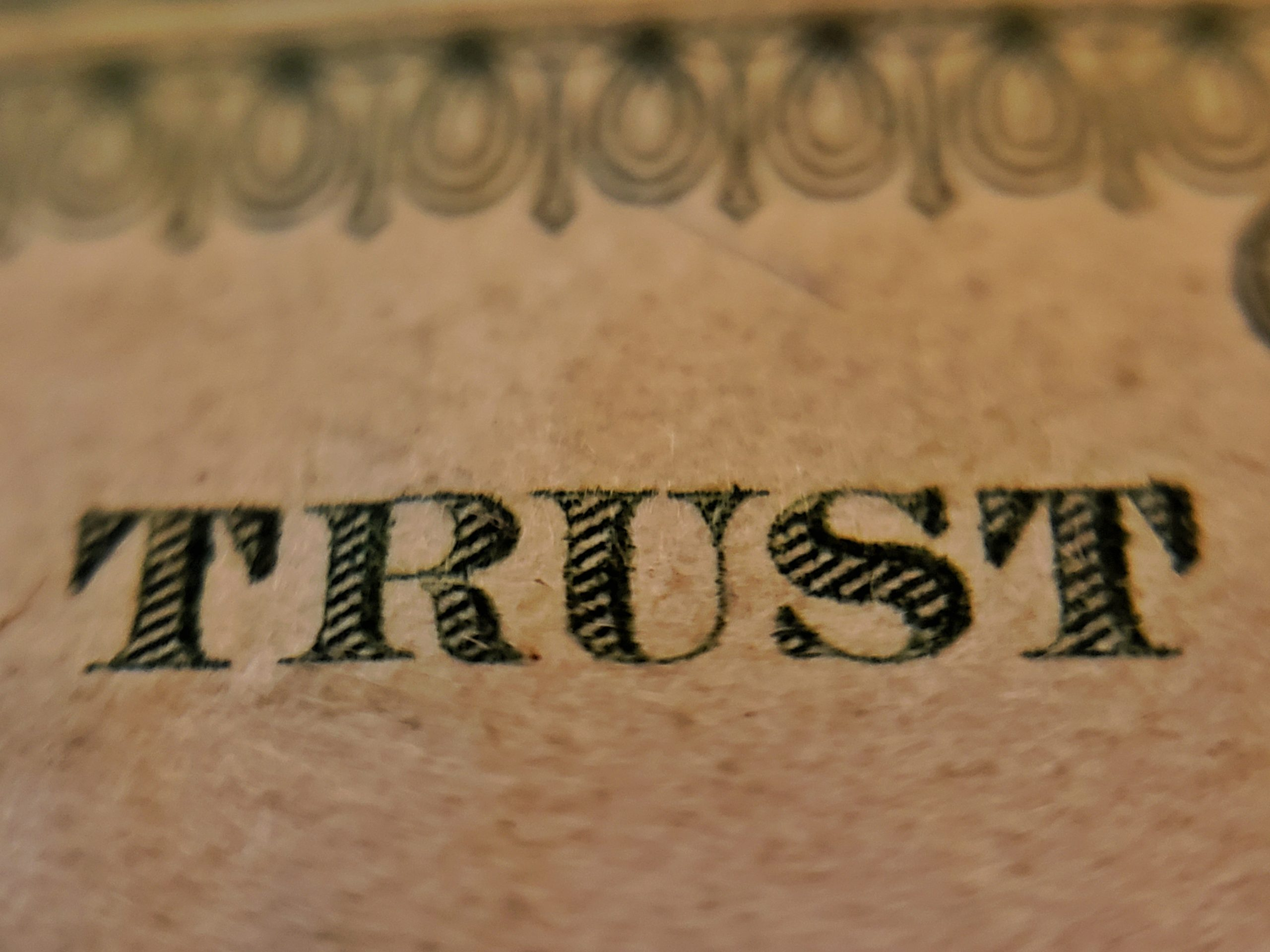 Idea 042: 5 Ways to Earn Others' Trust