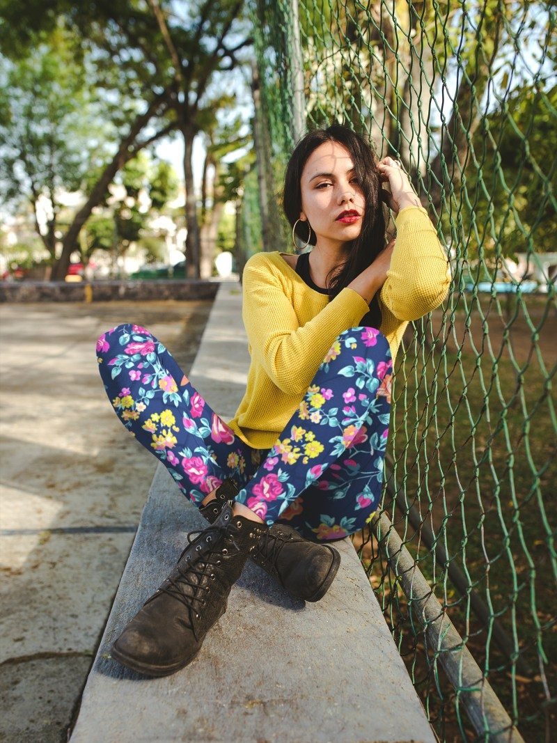 Colorful Floral Chaos Yoga Leggings For Women