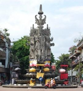 Skanda-Pat-Sari-statue-Bali-Iaminlovewithnature