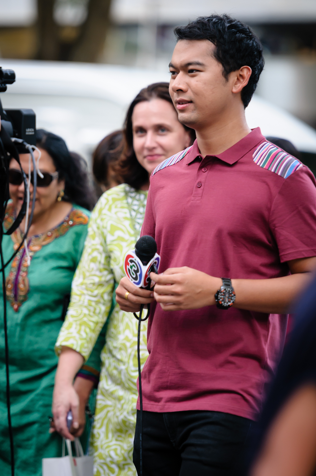 Street photography - TV presenter in Orchard Road