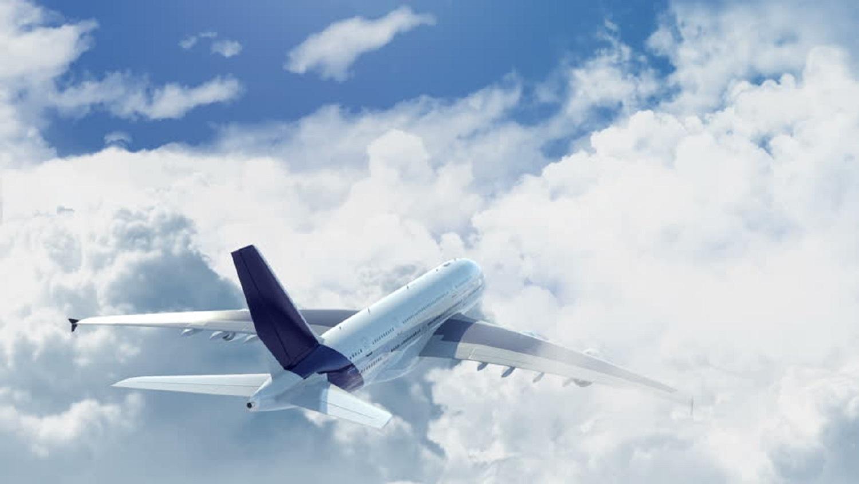 video-punca-pesawat-bergegar-pilot-ini-kongsi-detik-langgar-awan