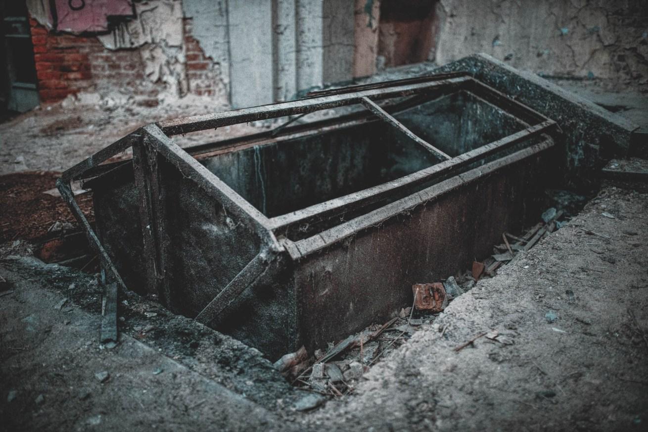 Altes Krematorium - Dessau (24)