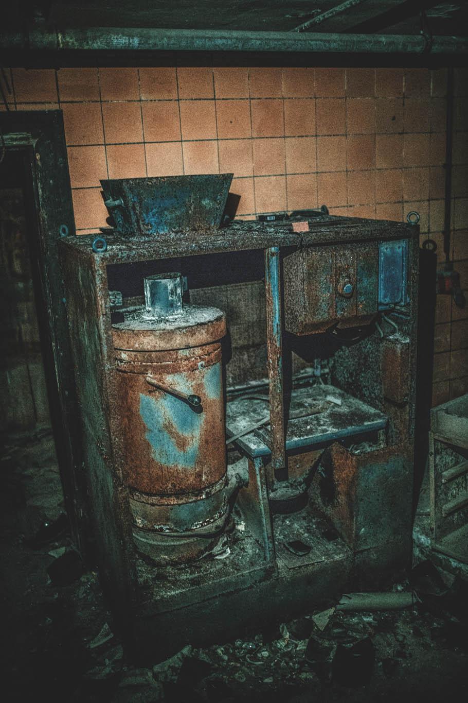 Altes Krematorium - Dessau (33)