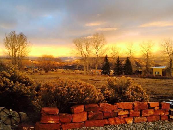 Phil Caston, Taos, Late Afternoon