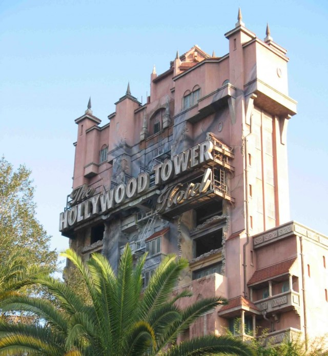 How to plan a trip to disney world - tower of terror - http://iamsherrelle.com