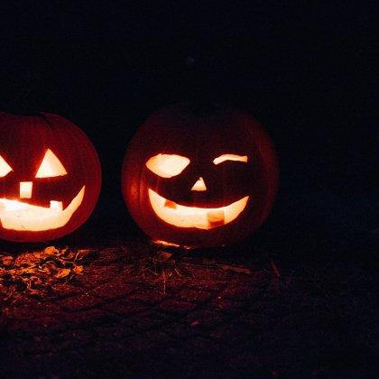 iPhone Halloween Costume - iamsherrelle