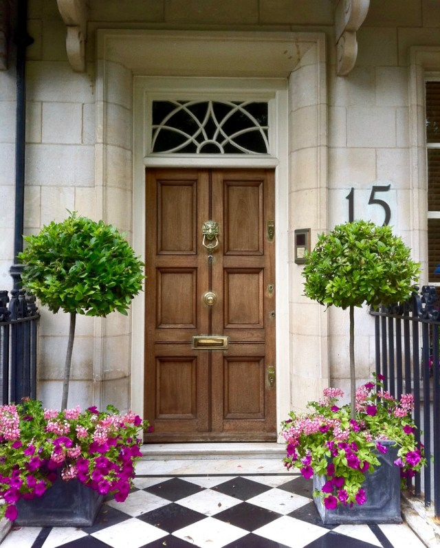 london townhouse sightseeing http://iamsherrelle.com