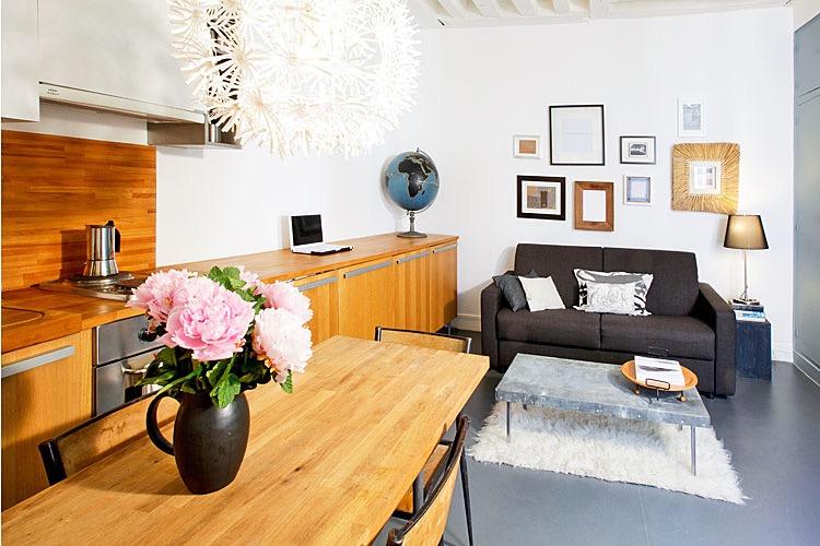 Marais apartment - http://iamsherrelle.com