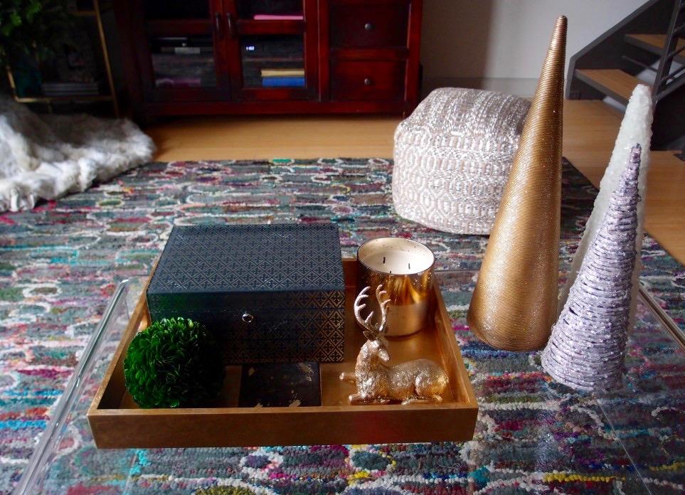 Modern CoffeeTable Christmas Decor