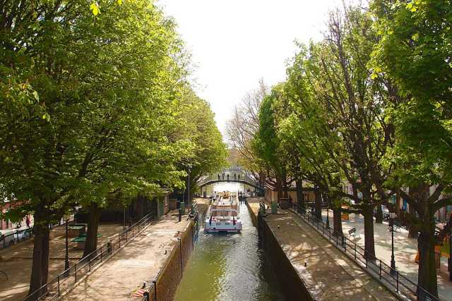 How To See Paris in 4 Days: beautiful Canal Saint-Martin