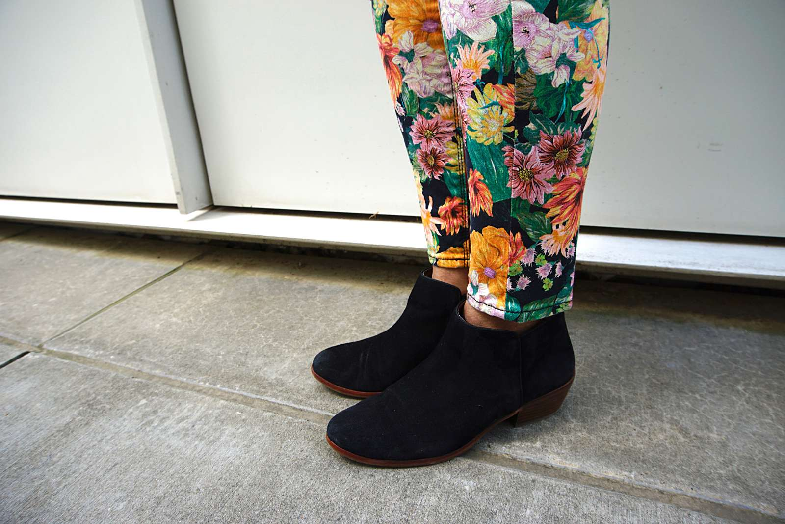 What to wear for effortless cool - it's easier than you think (in fact effortless). | My Syle |Seven For All Mankind | Sam Edelman booties - Sherrelle