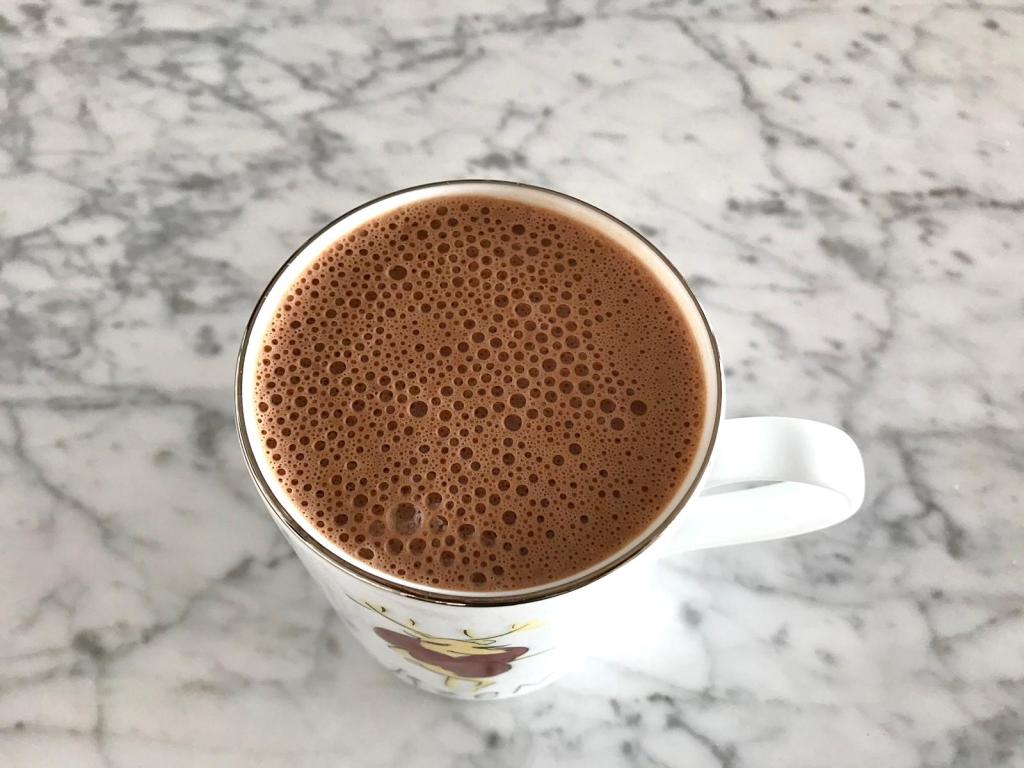 The best vegan superfood hot chocolate that is rich, creamy and delicious.