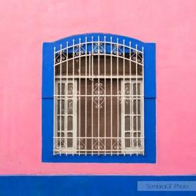 ventana merida rosa azul