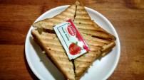 Cheesy Bhel Puri Sandwich