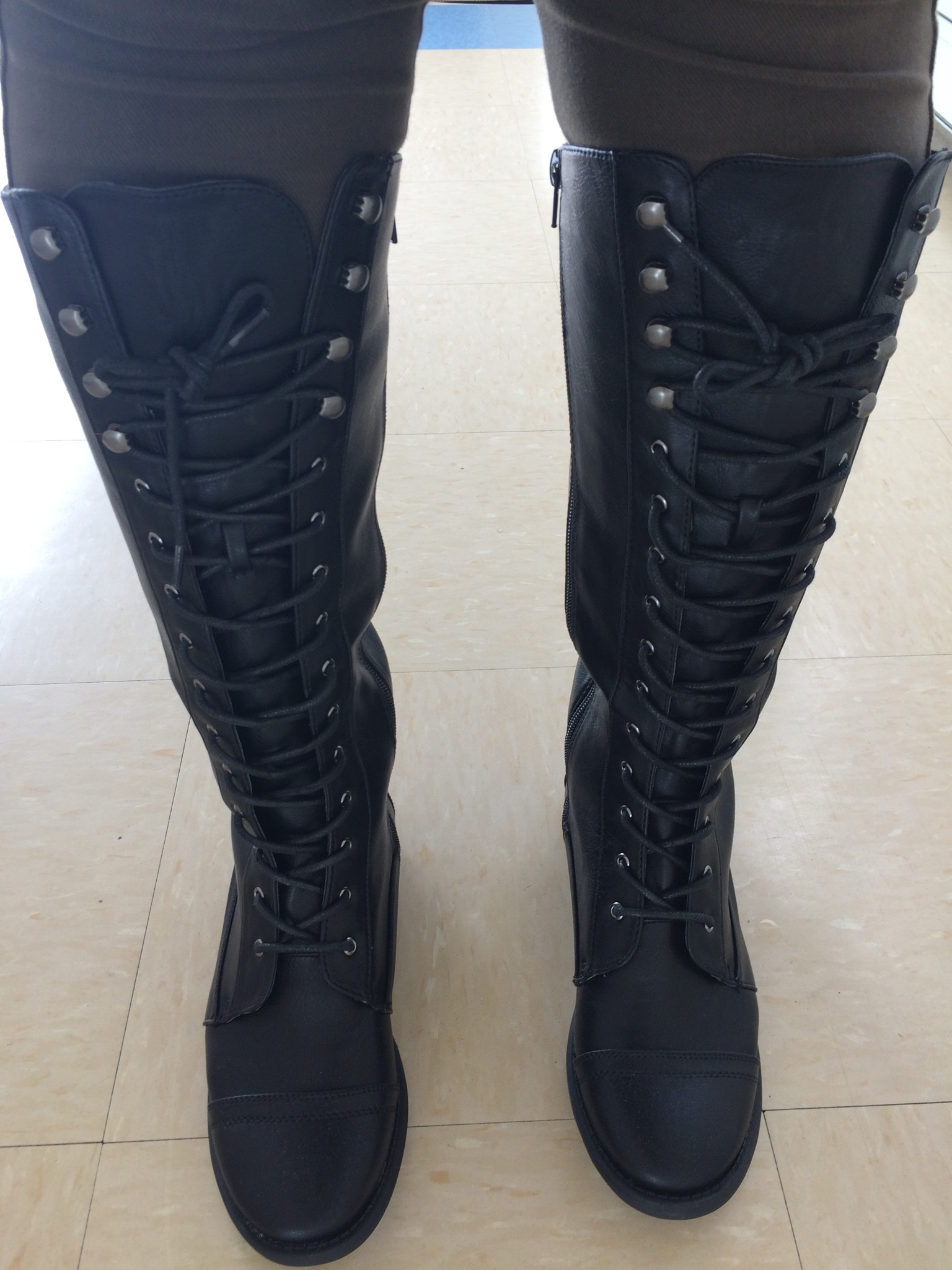 FOREVER21 LACE UP KNEE HIGH BOOT