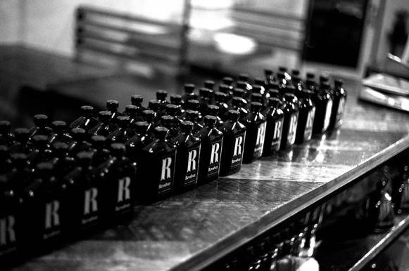 revolver-coffee-shop-02