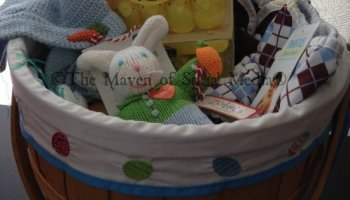Chasing fireflies has great choices for easter gifts i am the edisons fluffy easter basket egghunt negle Image collections