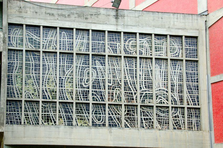 mural-leger-biblioteca-2