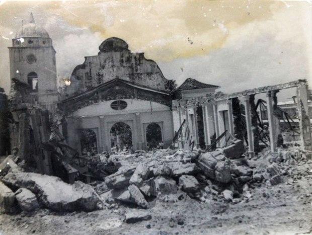 Demolición de la Iglesia Matriz.