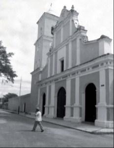 En la iglesia se ofician misas y es centro de celebraciones religiosas populares.