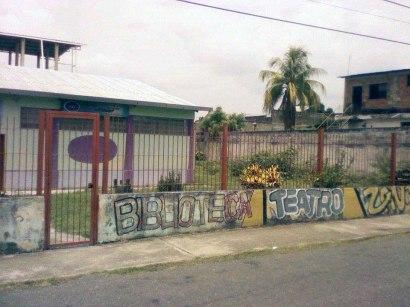 Se observa la cerca del centro cultural Visagra. Foto Daniel Mena.