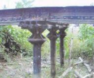 Puente Cowper, carretera Las Delicias a Caracara, mide unos 5 metros de largo y no tiene barandas. Se soporta sobre vigas de acero. Foto IPC.