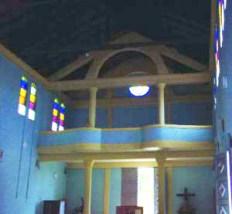 A los pies de la nave está el coro sostenido por columnas cilíndricas. Foto IPC.