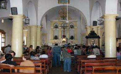 Interior de la iglesia. Foto Alcaldía del municipio Urdaneta. Julio 2011.