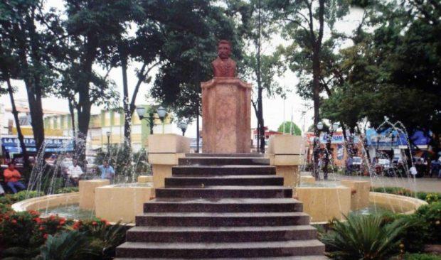 Monumento a José Félix Ribas. Estado Barinas