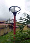Lámparas vandalizadas en el parque Los Mangos, de Barinas. Barinas, Venezuela.