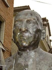 Monumento al obispo Rafael Lasso de la Vega, bien cultural del estado Mérida. Venezuela.