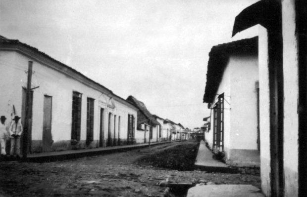 Antigua calle Real de Barinas. Casco histórico de Barinas en 1926. Barinas, Venezuela.