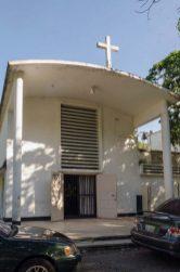 Deterioro de la capilla de la UCV. Ciudad Universitaria de Caracas, Patrimonio mundial de Venezuela 2000.