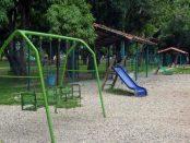Parque Los Mangos, instalaciones infantiles. Bien cultural de la ciudad de Barinas. Estado Barinas, Venezuela.