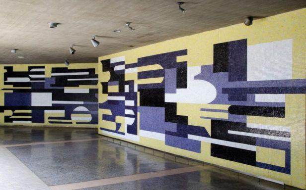 Obra de Pascual Navarro, 1954, en el corredor cubierto de la Ciudad Universitaria de Caracas, Patrimonio Mundial de Venezuela.