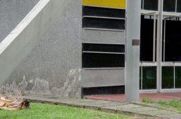 Obra deteriorada de Alejandro Otero, en la Facultad de Ingeniería de la UCV. Ciudad Universitaria de Caracas, Patrimonio de la Humanidad desde el año 2000. UNESCO.