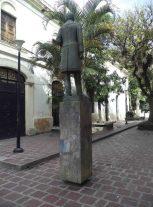 Vista posterior y lateral derecho del monumento al Rector Heroico Carraciolo Parra y Olmedo. Patrimonio de Mérida, Venezuela.
