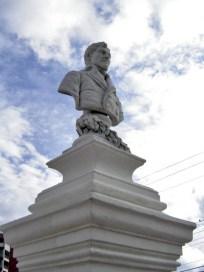 Cara frontal y lateral derecho del busto de Francisco de Miranda. Patrimonio histórico de Mérida, Venezuela.