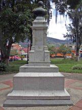 Cara posterior del monumento al coronel Rivas Dávila. Patrimonio histórico del municipio Mérida, estado Mérida. Venezuela.