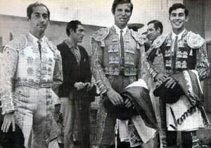 Cartel de la corrida inaugural de la plaza de toros de Mérida, Venezuela, el 9 de diciembre de 1967. Patrimonio cultural del estado Mérida, Venezuela. 1967.