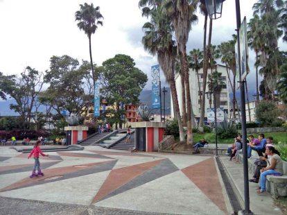 Plaza a Las Heroínas, en la ciudad de Mérida. Patrimonio cultural de Venezuela.