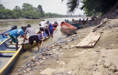 Río Táchira, limítrofe con Colombia, una de los ríos fronterizos más activos y utilizados para el contrabando de bronce y otros metales cotizados en el mercado negro internacional. Patrimonio cultural venezolano en riesgo.