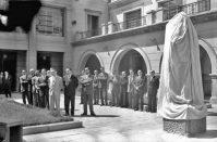 Monumento a Fray Juan Ramos de Lora, en el rectorado de la ULA. Patrimonio cultural de Mérida, Venezuela.