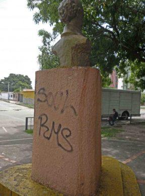 Robo de placas de bronce en Barinas. Patrimonio cultural en riesgo. Venezuela.