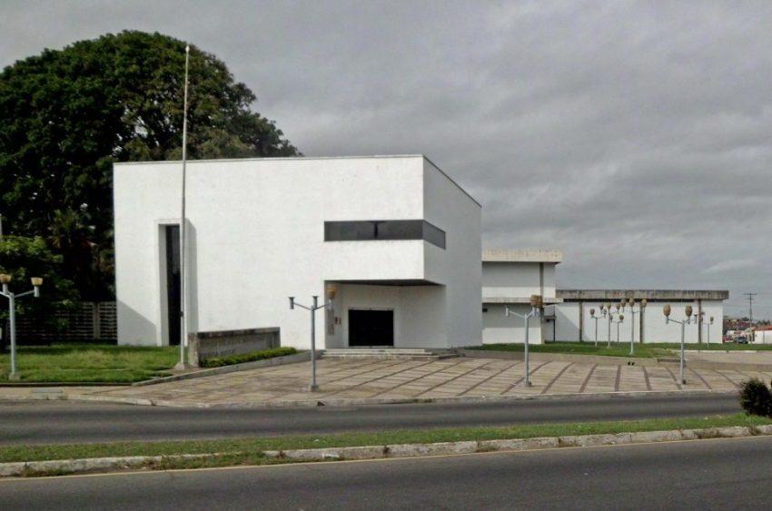 El Museo de Arte Moderno Jesús Soto en la actualidad. Ciudad Bolívar, Venezuela.