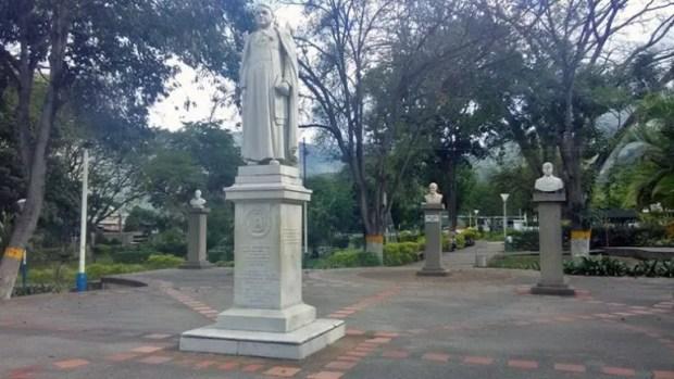 Parque Los Ilustres, de Valera. Estado Trujillo. Patrimonio cultural de Venezuela en riesgo.