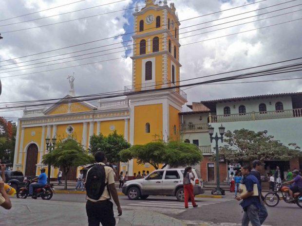 Iglesia de Ocumare del Tuy. Monumento Nacional en peligro. Patrimonio cultural de Venezuela.
